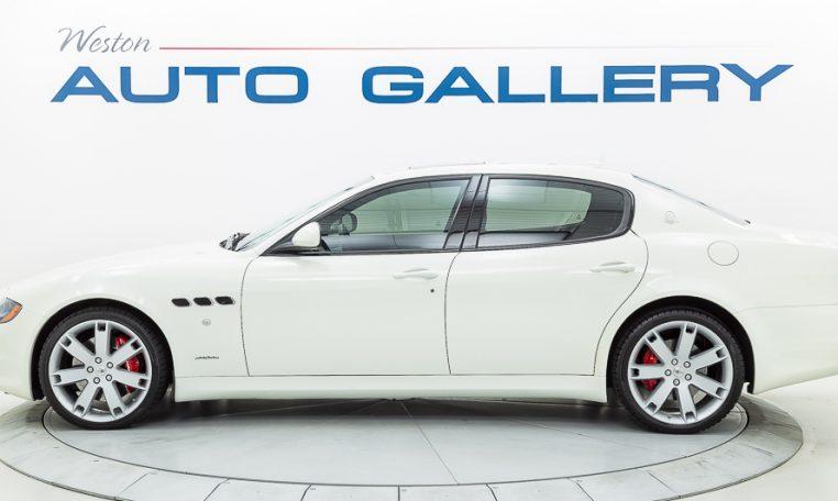 2012 Maserati Quattroporte Sport driver side picture