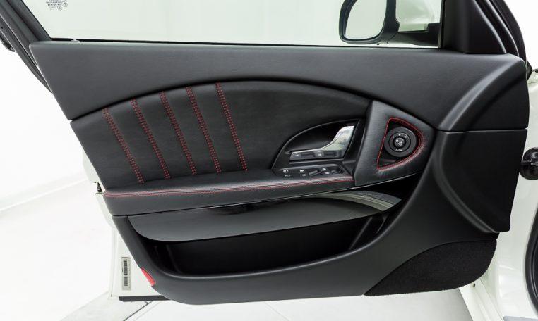 2012 Maserati Quattroporte Sport driver door picture